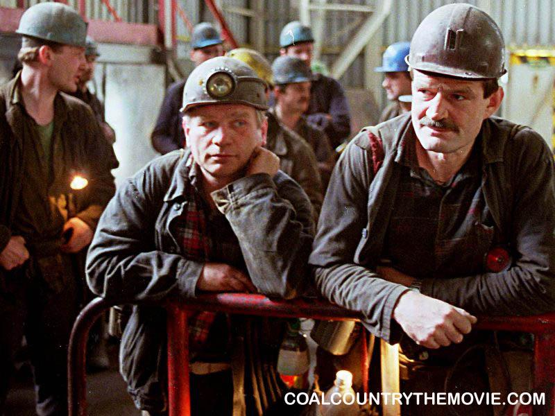 Review 'Coal Country': Lagu dan Cerita Pasca Bencana
