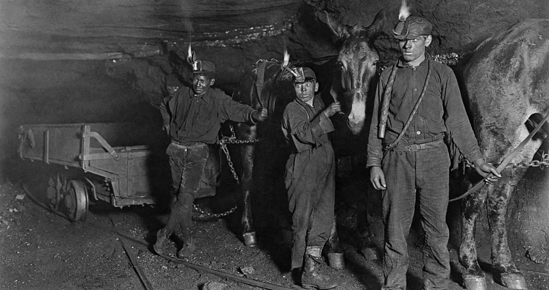 Gambaran Kehidupan Para Pekerja Tambang di Film Coal Country